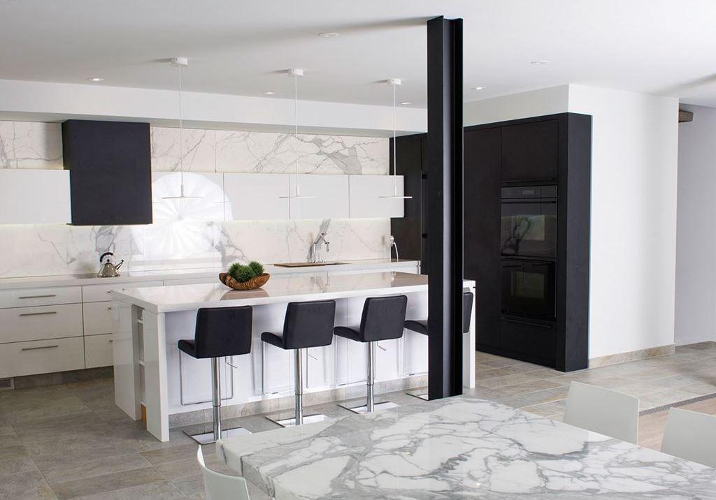 Cocinas Integrales Negras Excellent Cocinas Cocina Blanca Encimera - Cocinas-blancas-y-negras